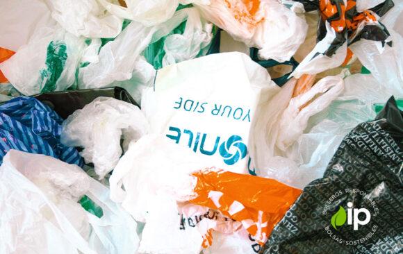 Segunda vida a las bolsas plásticas